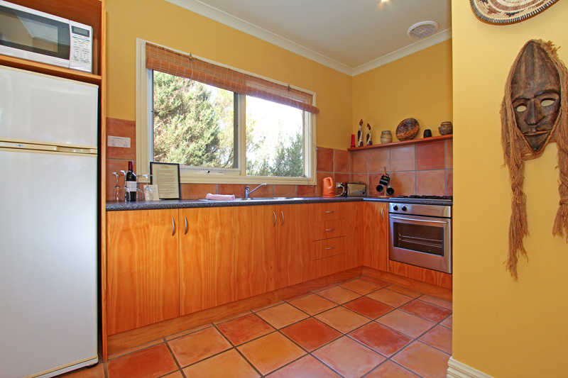 African Cottage self cater kitchen