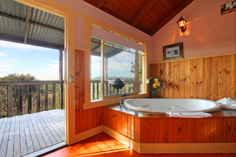 Settlers Cottage spa accommodation