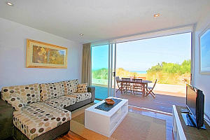 Absolute Beachfront Aspendale