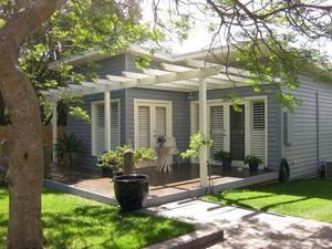 Holiday accommodation tootgarook mornington peninsula for Beach house designs victoria