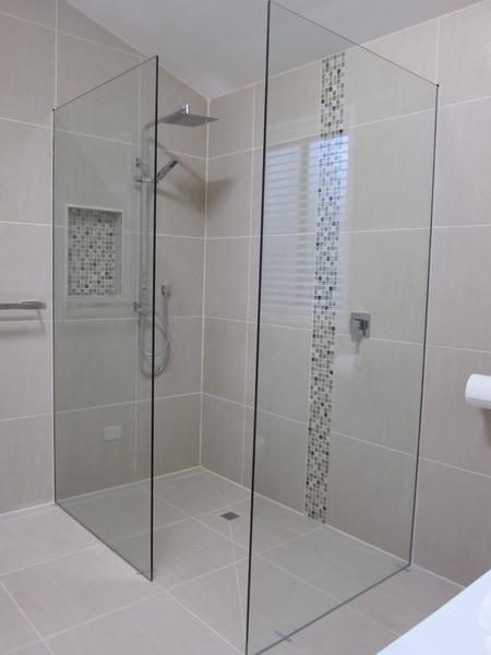 Captain's walk-in shower