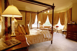 Manor House Lake suite