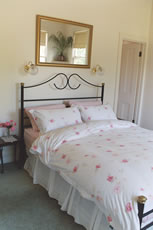 Accommodation for couples only - Blairgowrie Victoria Australia