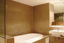 King Spa suite bathroom